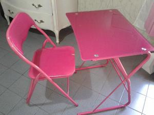 Escritorio y silla para nena