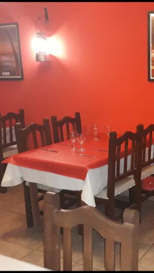 juego de algarrobo mesas y sillas para restaurante