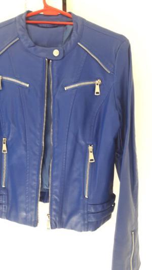 Campera chaqueta ecocuero cuerina azul talle s sin uso con