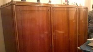 Vendo bahut (aparador) de madera maciza estilo inglés
