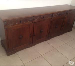 Vendo mesa, sillas, aparador y espejo