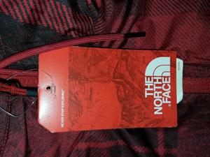 campera The North Face Reversible talle M