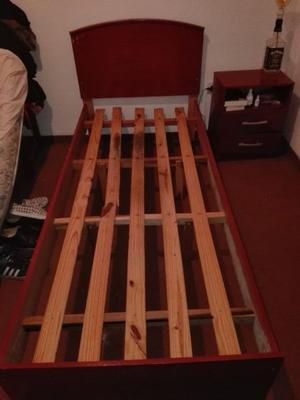 Juego de Dormitorio - Cama de una plaza con respaldo y mesa
