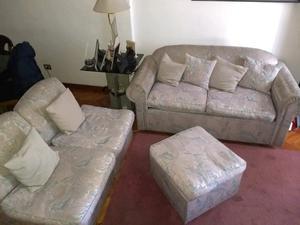 Sofá cama con butacas y puff