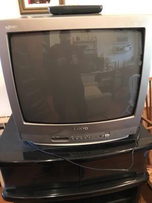 Tv color Sanyo