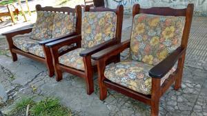 Juego de sillones de algarrobo ideal para departamento