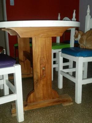 Vendo mesa de madera +4 sillas