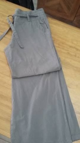 """Pantalón de vestir VER talle L con lazo verde"" T: 44"""