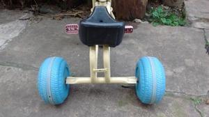 Triciclo para niños de metal con ruedas de plástico