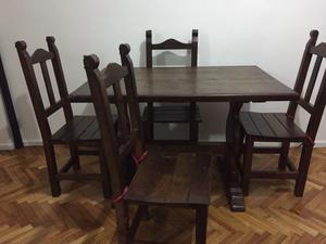 Vendo mesa con 4 sillas de algarrobo