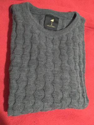 Camisa Y Sweters. Todo por 500. Hombre