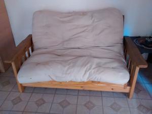 Sofá cama 2 plazas con colchón. Buen estado. Barato