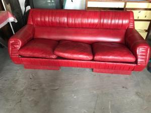 Vendo sillones rojo simil cuero