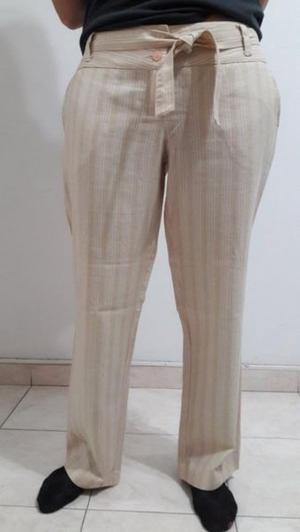 Pantalón de vestir T: 46 marca SABRINA