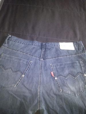 Pantalón jeans recto hombre