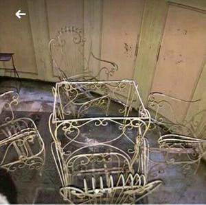 Antiguo juego de jardin en hierro forjado