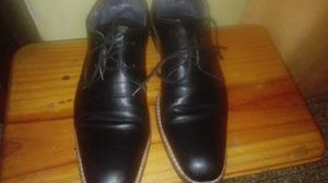Zapatos de hombre negros talle 40.