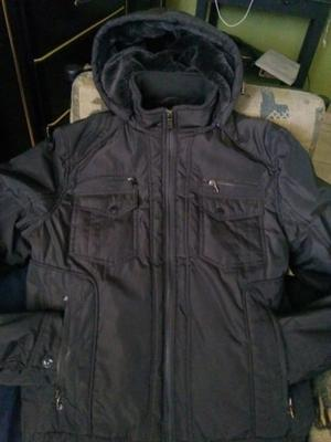 Campera impermeable hombre