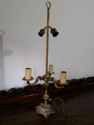 Lámpara para mesa de bronce