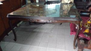 Hermosa mesa antigua para comedor estilo provenzal