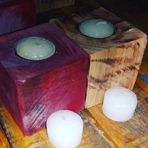 Porta vela de madera con 3 velas