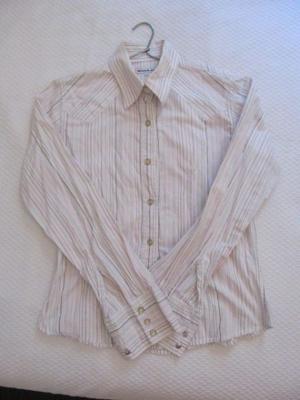 Camisa rayada muy fina - talle M - $300