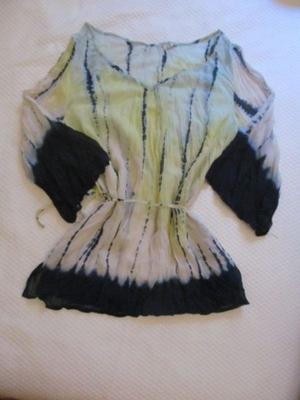 LIQUIDO - Camisa de Gasa - TALLE M/L - $300