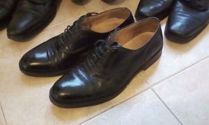 Liquido zapatos de vestir de cuero