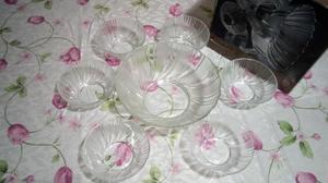 Juego de ensaladera y casuelas de vidrio