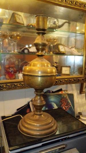 Antigua lampara de escritorio bronce estilo colonial en