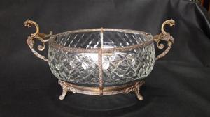 Centro de mesa antiguo en cristal y Bronce