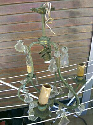 Vendo Araña antigua de bronce 3 luces $