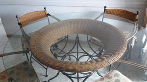 Juego de Mesa y sillas de Hierro y Ratan