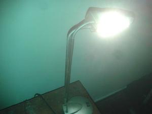 Lámpara dicroica 180º de movimiento