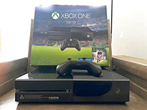 Vendo Xbox one 500 GB. Muy poco uso. 1 Jostick + FIFA 16.