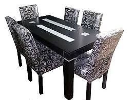 juego de mesa y 6 sillas