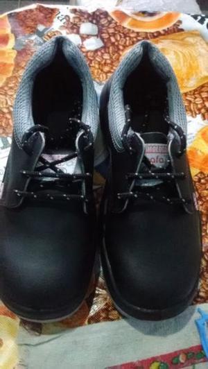 zapatos de seguridad en el trabajo