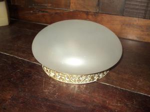 Antiguo plafón de vidrio opalino y bronce. Antigua Saudade