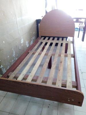Se vende cama excelente estado
