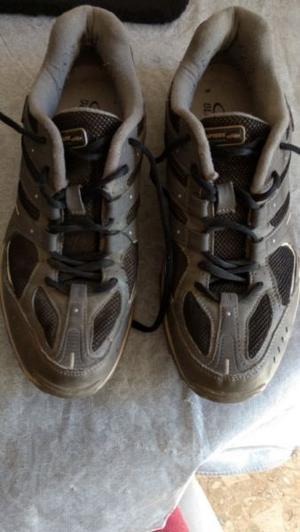 zapatillas Olimpikus, nro 41, impecables, 1 uso, hombre, las
