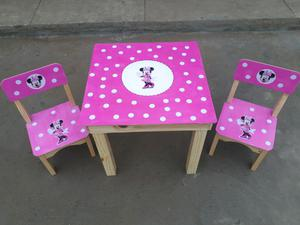 Juego mesita y sillas infantiles motivo a elección