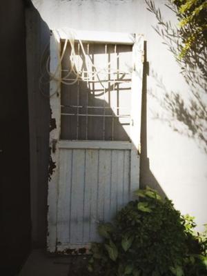 Puerta De Chapa Doble Muy Buena Puerta Y Calidad Sin Marco