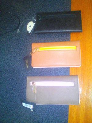 vendo cartera de cuero y billeteras de isadora