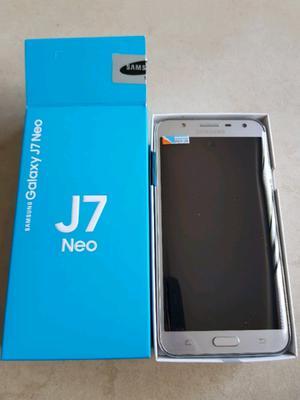J7 neo libre 1 mes de uso como nuevo en caja con accesorios