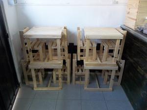 Juego de mesita + 2 sillitas para niños