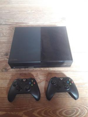 Xbox One 500GB con 2 joysticks y 3 juegos