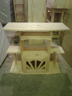 Mesa para tv en muebles usados y tucum n posot class for Mesa algarrobo usada