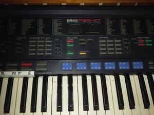 Teclado Yamaha psr47 con funda y pie excelente!!!