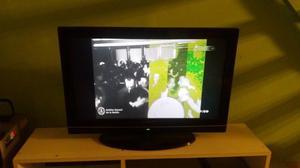 Tv Hitachi 32 Lcd - Con Una Linea Pixel - Excelente Estado