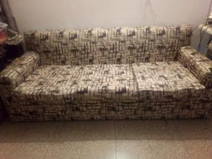Vendo sofa de tres cuerpos en tela jackar